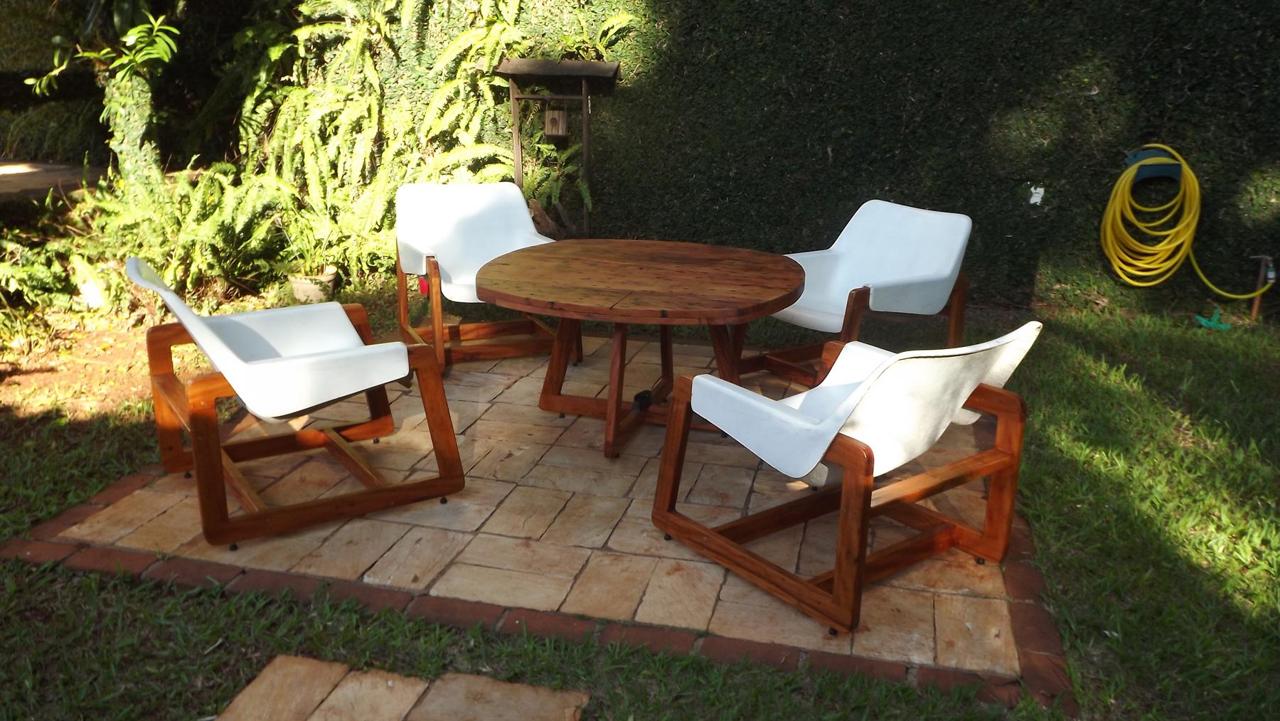 mesa-e-cadeiras-piscina (2)