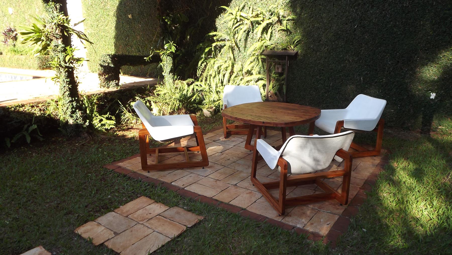 mesa-e-cadeiras-piscina (3)